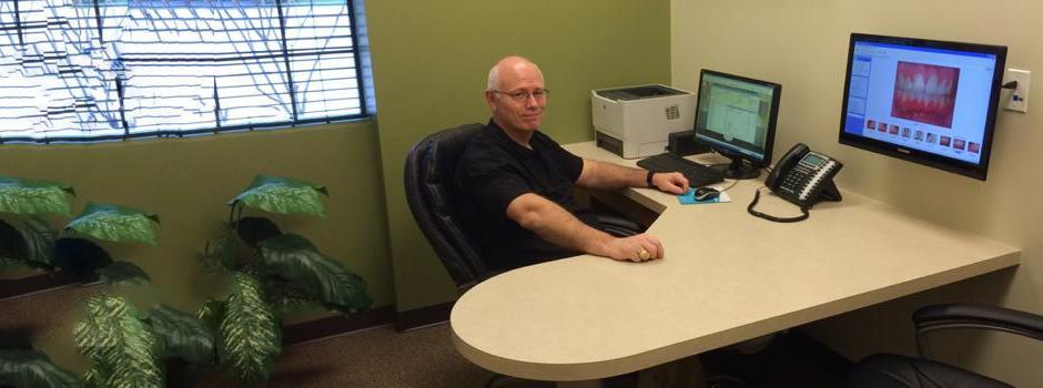 Dr. Kyle McCrea DDS consultation room